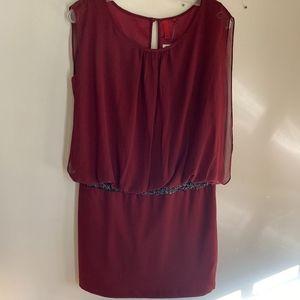 5/48 maroon drapey mini dress